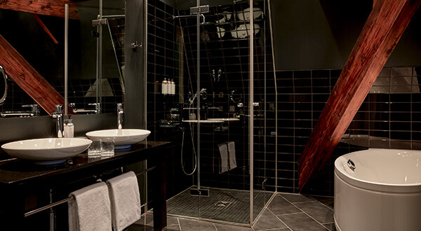 The bathroom in the Tower Suite at Park Hotel Amsterdam
