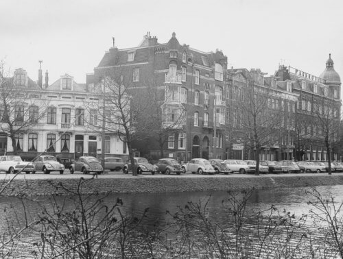 Historic picture Park Hotel in black and white