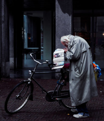 Cristian Geelen old man Amsterdam with bike