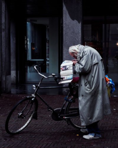 Cristian Geelen old man Amsterdam with bike